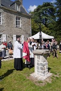 bénédiction-croix-prieuré-fsspx-vannes